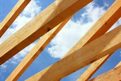 Berechnen Sie die Kosten für einen neuen Dachstuhl.