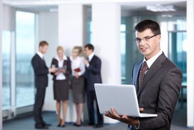 Zufriedene und geeignete Mitarbeiter machen den Unternehmenserfolg aus.