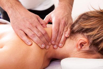 Ein eingeklemmter Nerv kann starke Schmerzen bereiten.