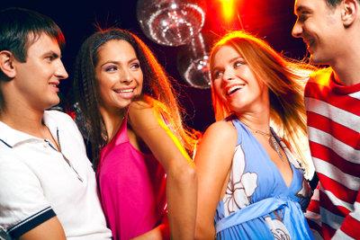 Im Club tanzen - das Wichtigste ist der Spaß an der ganzen Sache!
