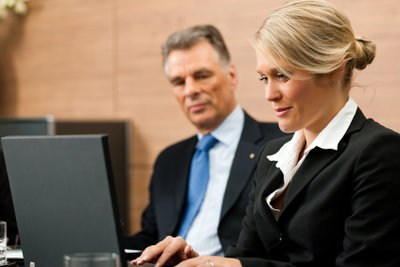 Ein Rechtsanwalt benötigt einen Vordruck für die Vollmacht.