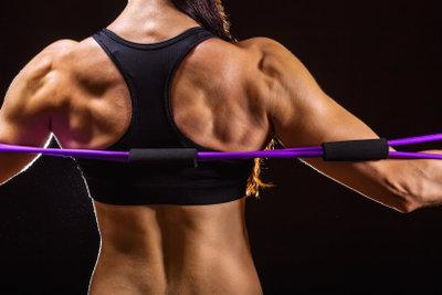Stärken Sie Ihre Rückenmuskulatur gegen Haltungsschäden.