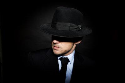 Mit einem Mafia-Anzug als Pate zum Fasching - schnelle Verkleidung mit Coolness-Faktor