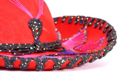 Farbenfroh und traditionell wird das Mexikaner-Kostüm für Frauen zum Blickfang.