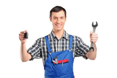 Grobes Werkzeug ist beim Schlüsseldienst denkbar ungeeignet.