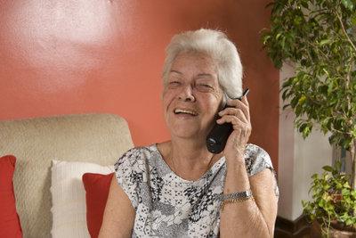 Viele Senioren wollen einfach nur billig telefonieren.