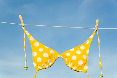 Für alle Brustgrößen gibt es passende Bikini-Oberteile.