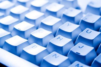 Das Arbeiten mit kabelloser Tastatur ist höchst komfortabel.