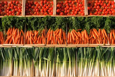Aus Gemüse kochen Sie leckere Nudelsoßen.