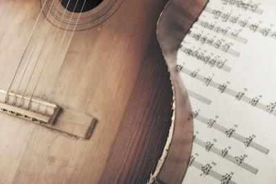 Manche Reparaturen können Sie an einer defekten Gitarre selbst vornehmen.