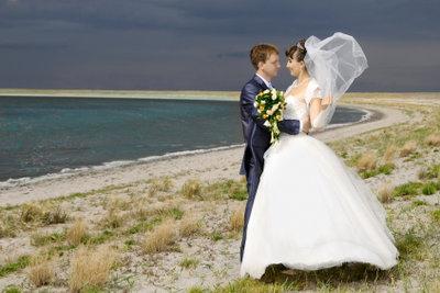 Heiraten Sie am Strand.