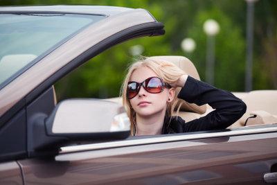 Beim Kauf eines Sportwagens sind einige Dinge zu beachten.