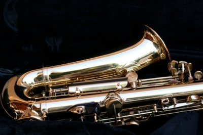 So reinigen Sie schnell und unkompliziert Ihr Saxophon.