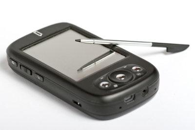 Smartphone oder klassisches Handy - so entscheiden Sie.