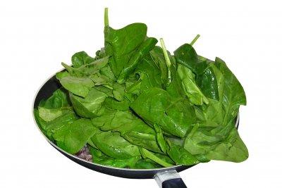 Bio-Lebensmittelfarbe aus Spinat herstellen