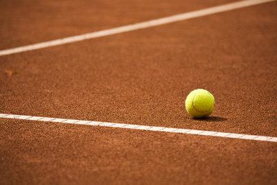 Sie können in Berlin Tennis spielen.
