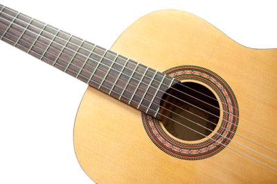 Eine Gitarre neu lackieren