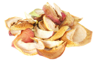 Apfelchips sind eine kalorienarme Leckerei.