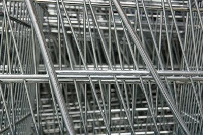 Metallbauer Konstruktionstechnik sollten sich gut auf die Zwischenprüfung vorbereiten.