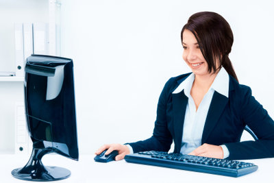 Online können Sie Bekanntmachungen zu einer Privatinsolvenz checken.