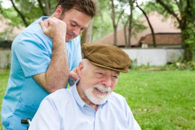 Als Pfleger Pflegebedürftigen helfen!