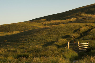 Hügellandschaft statt riesige Gebirge