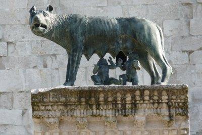 Gesäugt von einer Wölfin - die Gründer Roms.