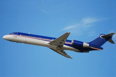 Multistop-Flug - heute Rom, ab morgen drei Tage Dubai, dann weiter nach Bangkok