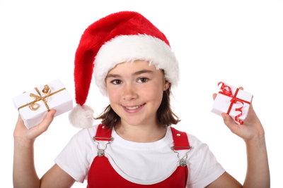 Eine jugendliche Weihnachtsfeier ist mit den richtigen Ideen nicht schwer zu organisieren.