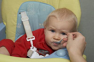 Beikostpläne sind für die Babyernährung hilfreich.