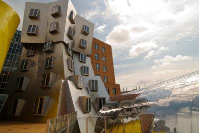 Gehrys Bauten haben einen offenkundig organischen Charakter.