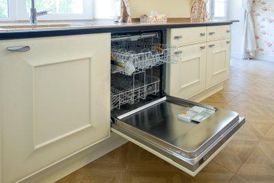 Ohne Wasseranschluss bzw. intaktes Eckventil funktioniert keine Spülmaschine.