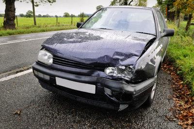 Ein Unfall mit abgelaufener Plakette kann richtig teuer werden.