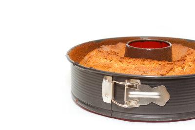 Eine solche Kuchenform können Sie einfach ausmessen.