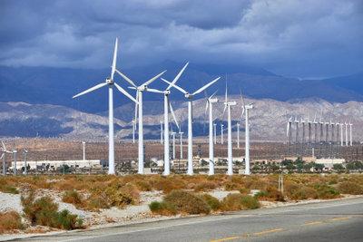 Noch sind horizontale Windkraftanlagen die bestimmende Konstruktionsweise.