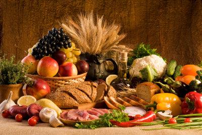 Ernähren Sie sich ausgewogen und vielseitig.