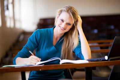 Im Studium steht Lernen an erster Stelle.