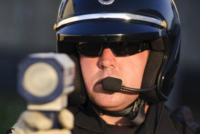 Nur wer die Voraussetzungen erfüllt, darf in den Polizeidienst eintreten.