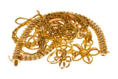 Goldschmuck - echt oder Goldauflage, schauen Sie genau hin.