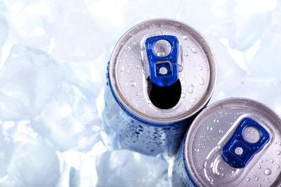 Die Auswahl an Energy Drinks ist groß, aber Taurin ist in fast allen zu finden.