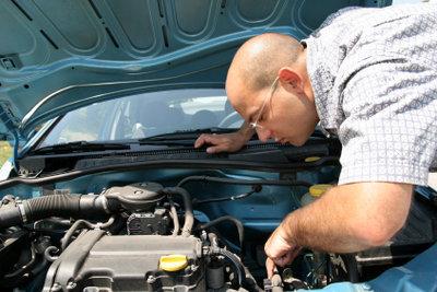Die Kosten für eine Getriebereparatur sind oft hoch.