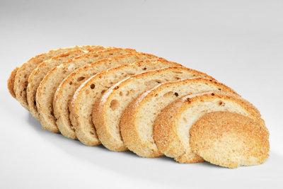 Während der Low-Carb-Diät schmeckt Leinsamenbrot.