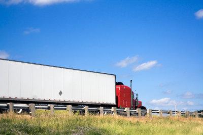 Die Einhaltung der Wochenruhezeit für Kraftfahrer wird überprüft.
