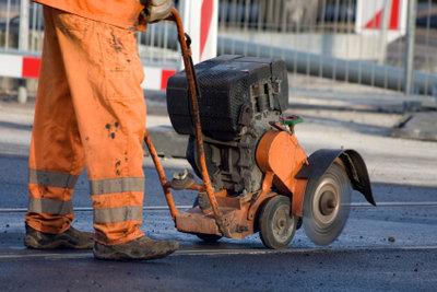 Straßenbauer werden nach TVöD bezahlt.