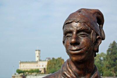 Bronze ist ein beliebtes Material für Statuen.