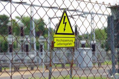 Elektronik-Grundlagen sind wichtig, denn Strom ist gefährlich.