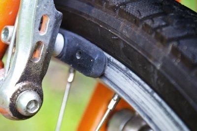Schleifende Bremsen kann man einstellen.