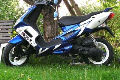 Der Suzuki Katana mit 50ccm-Motor