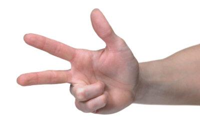 Die betroffenen Finger beim Karpaltunnelsyndrom