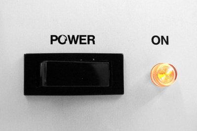 Meist sind es kleine Ursachen, wenn die Elektro-Nachtspeicherheizung nicht läuft.